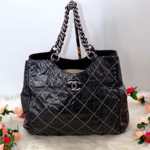 🌺✨STUNNING✨🌺 Chanel Chain Shoulder bag